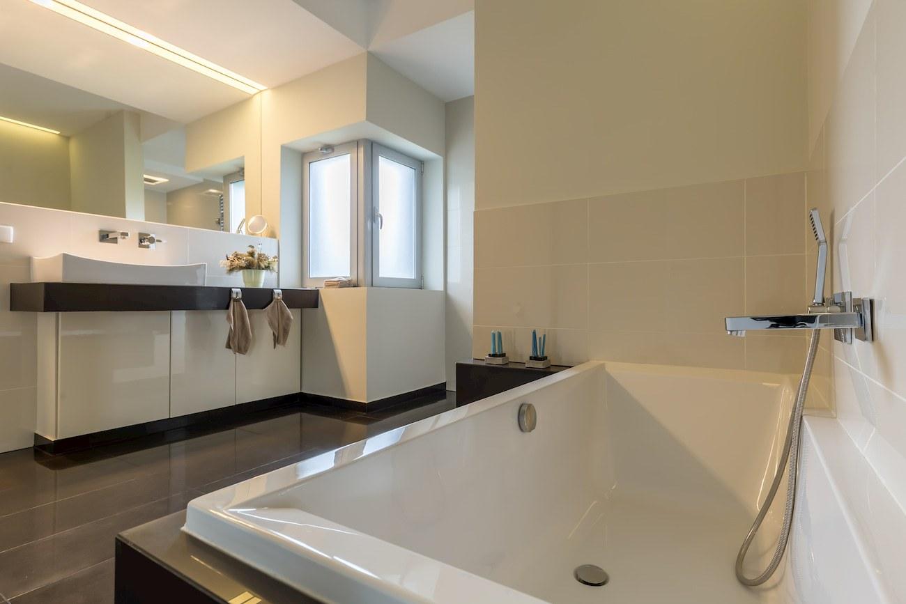bathroom-remodeling-new-market